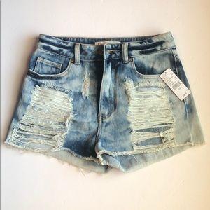 NWT! Bullhead denim Co. pac sun distressed shorts